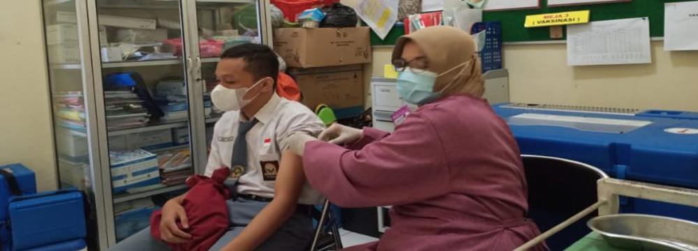 Vaksinasi di SMKN H Moenadi